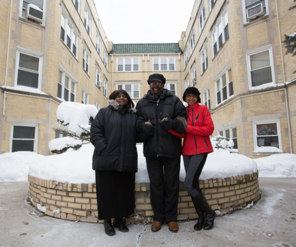 Chicago Community Loan Fund Helping create communities where people thrive.